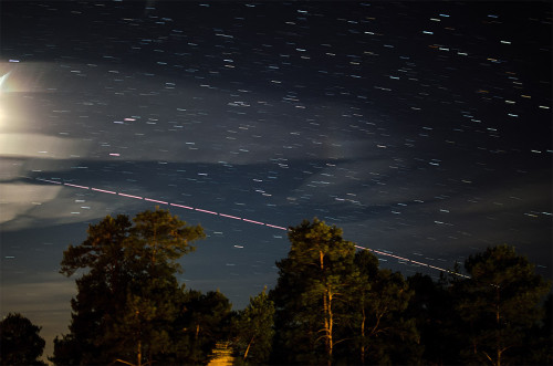 International Space Station (ISS) Nikon D5100, 35mm/f1.8, ISO250, pinottu 22x5s