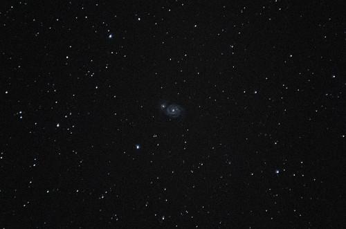 Messier 51 - Pyörregalaksi Nikon D5100, 200mm/f2.8, ISO3200, pinottu 91 x 2s