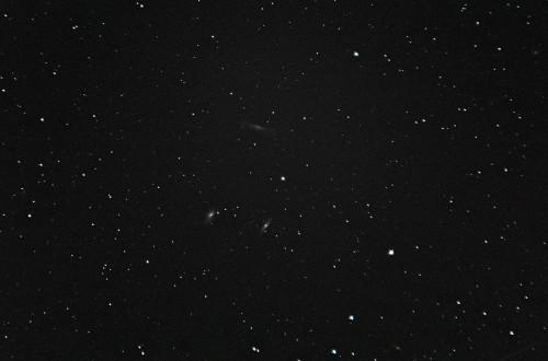Leijonan tripellit: M66, M65, NGC 3628 Nikon D5100, 200mm/f2.8, ISO3200, pinottu 211 x 1,3s