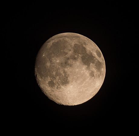 Kuu Pinottu 12 ruutua.