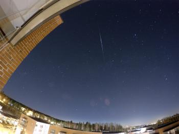 NOSS 2-1 (E) -satelliitti