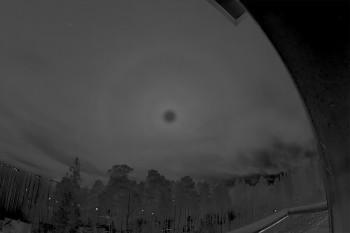 Kuun haloja 9r (van Buijsen), 22r B-R -käsitelty
